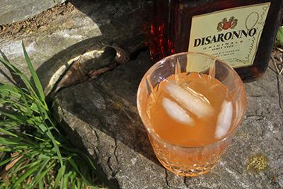 Blueberry Macaron Tonic Cocktail MxMo Roundup // stirandstrain.com