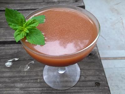Nu Manhattan Cocktail MxMo Roundup // stirandstrain.com