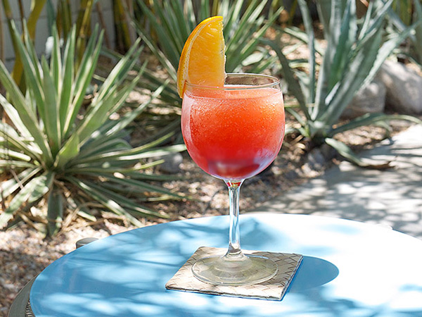 Frozen Negroni Cocktail Slushies // stirandstrain.com