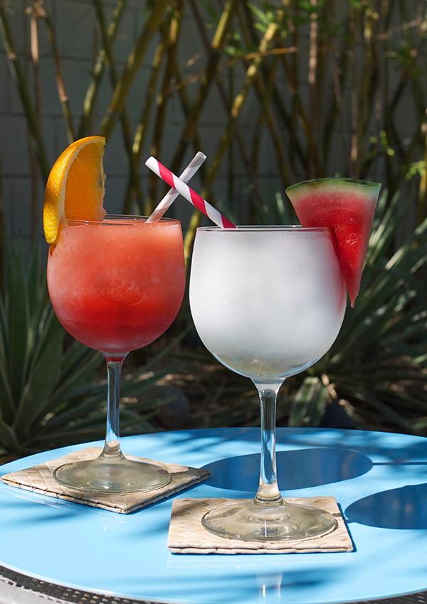 Frozen Negroni Cocktail Slushies // stirandstrain.com