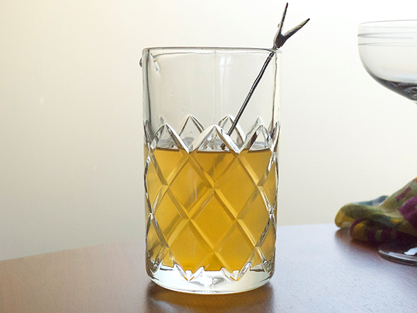 Chamomile and Tangerine Sparkling Cocktail for Two // stirandstrain.com
