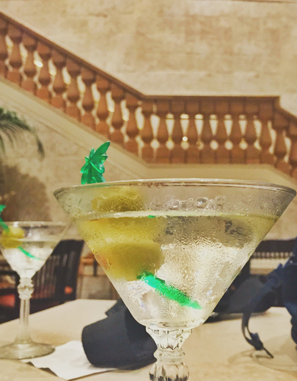 Monday Booze News: Hotel Martinis for the win! // stirandstrain.com