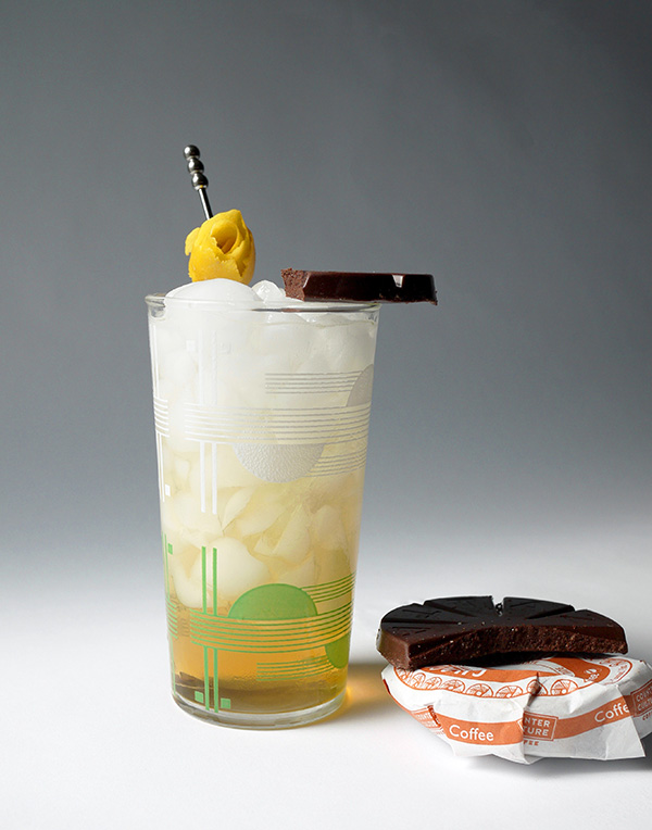 Chocolate Orange Dessert Cocktail for Summer // stirandstrain.com